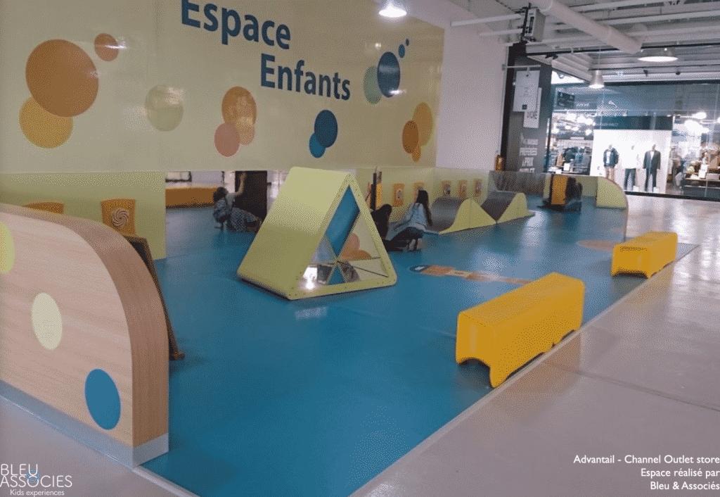 Channel-Outlet-Store-espace-enfants-bleu-et-associes-kids-experiences