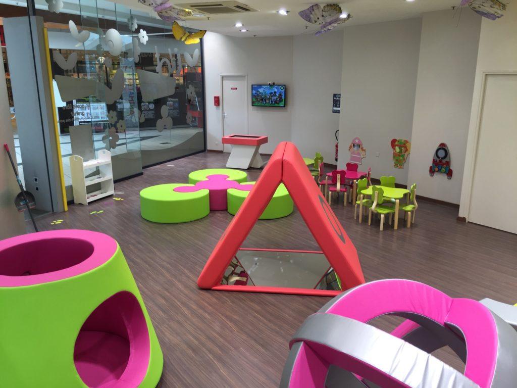 Domerat-espace-enfants-bleu-et-associes-kids-experiences