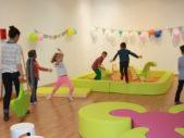 Vache-Noire-garderie-exploitation-aménagement-bleu-et-associes-kids-experiences-espaces-enfants